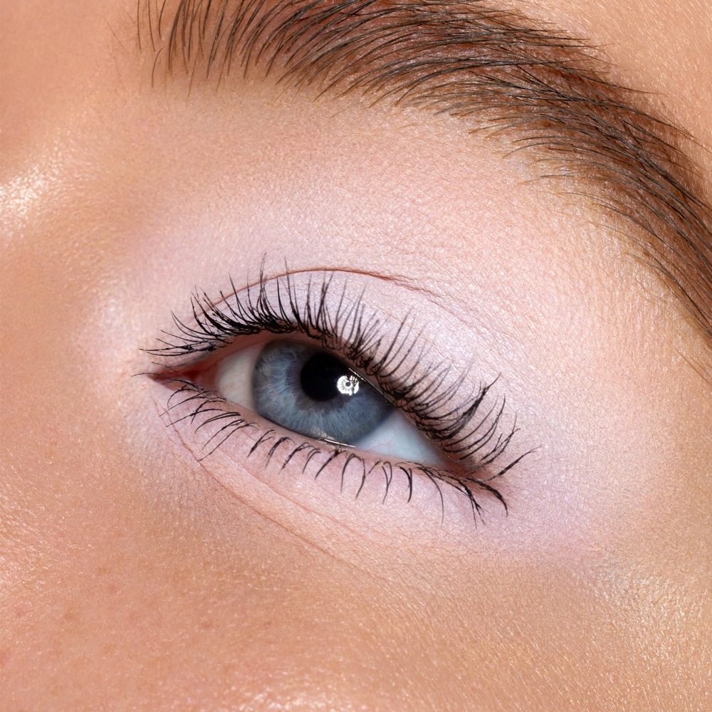 Pure White - AS 100 - ombretto  we make-up - Swatch carnagione chiara