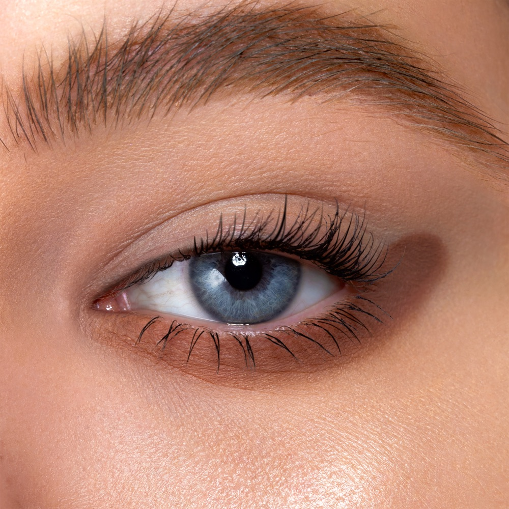 Hazelish Brown - AS 105 - eyeshadow we make-up - Fair skin tone