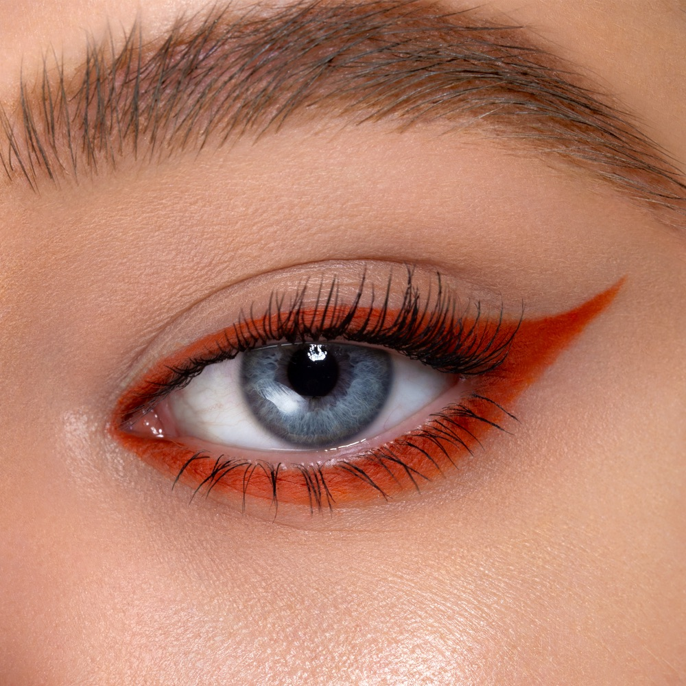 Russet Brown - AS 119 - ombretto  we make-up - Carnagione chiara