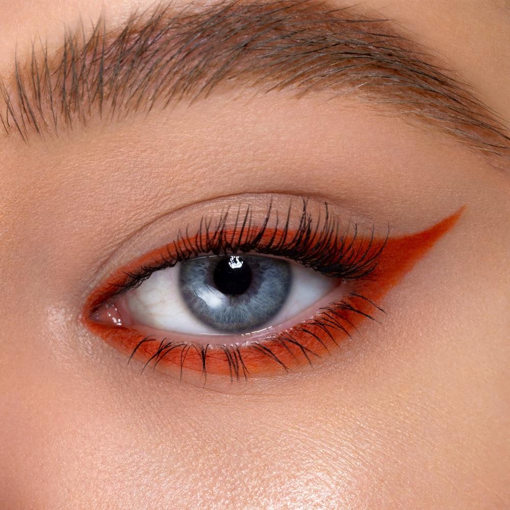 Russet Brown - AS 119 - eyeshadow we make-up - Fair skin tone