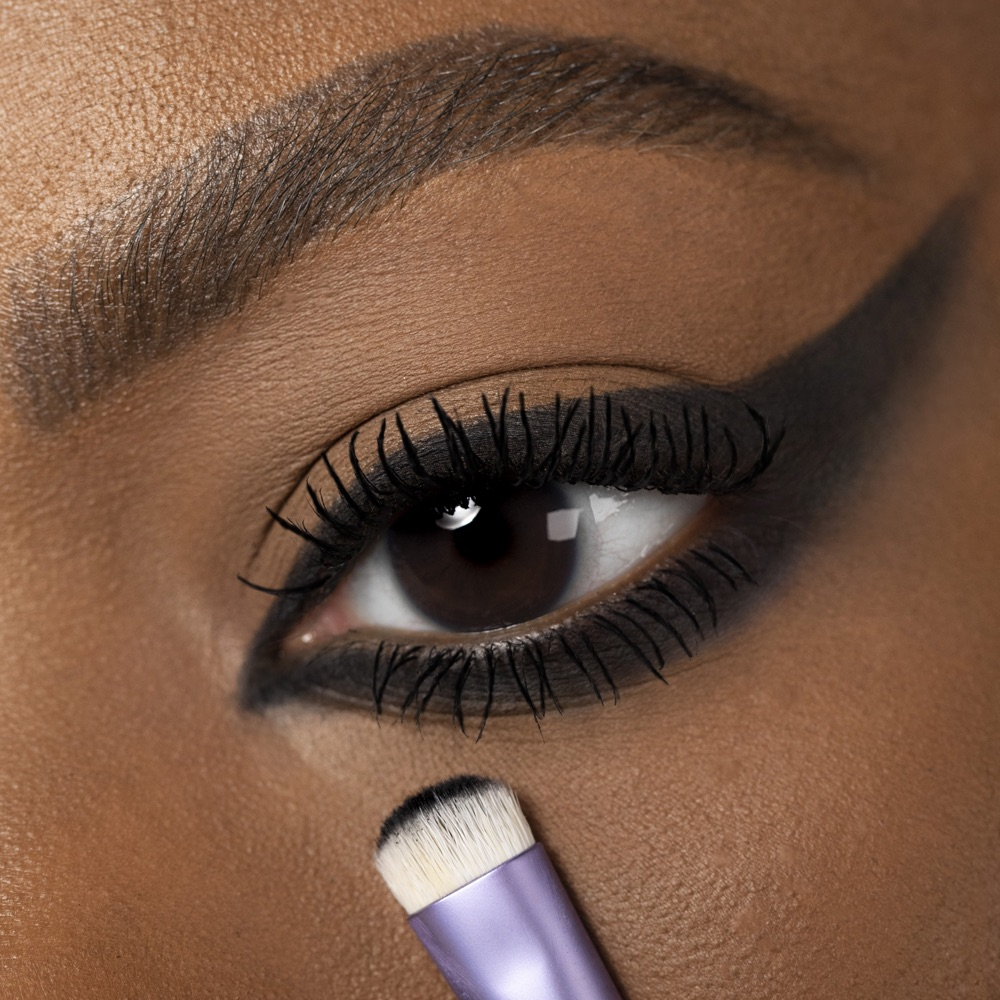Neutral Black - AS 125 - ombretto  we make-up - Carnagione media