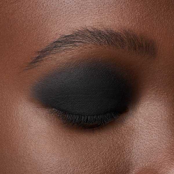 Neutral Black - AS 125 - ombretto  we make-up - Carnagione scura