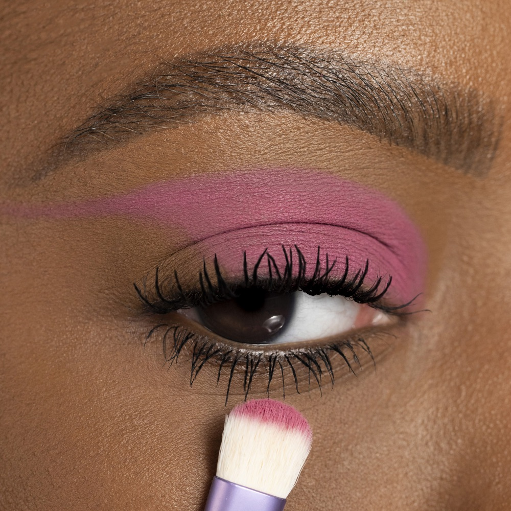 Berry Pink - AS 130 - eyeshadow we make-up - Medium skin tone