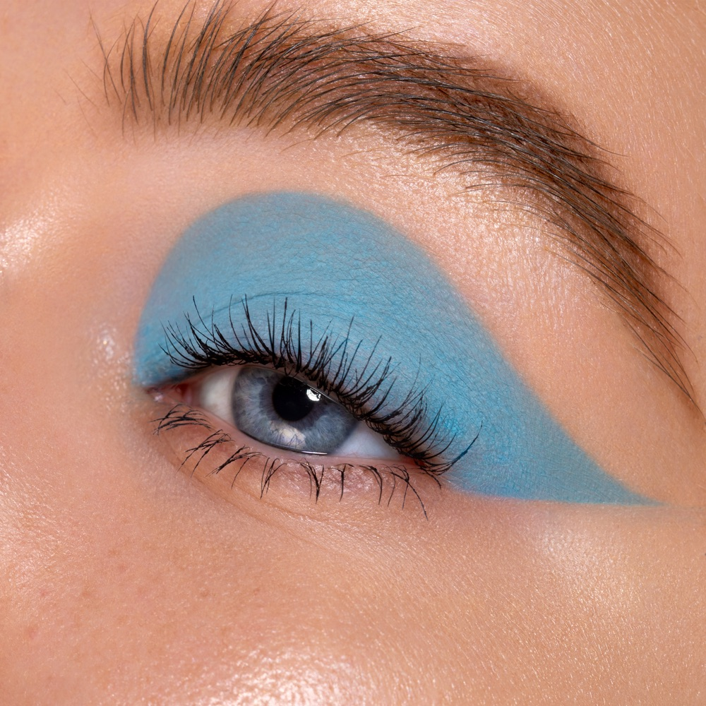 Grayish Blue - AS 135 - eyeshadow we make-up - Fair skin tone