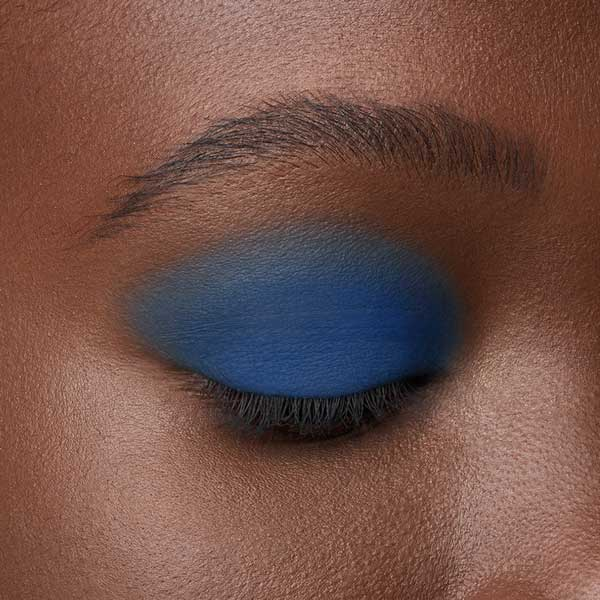 Electric Blue - AS 137 - ombretto  we make-up - Carnagione scura