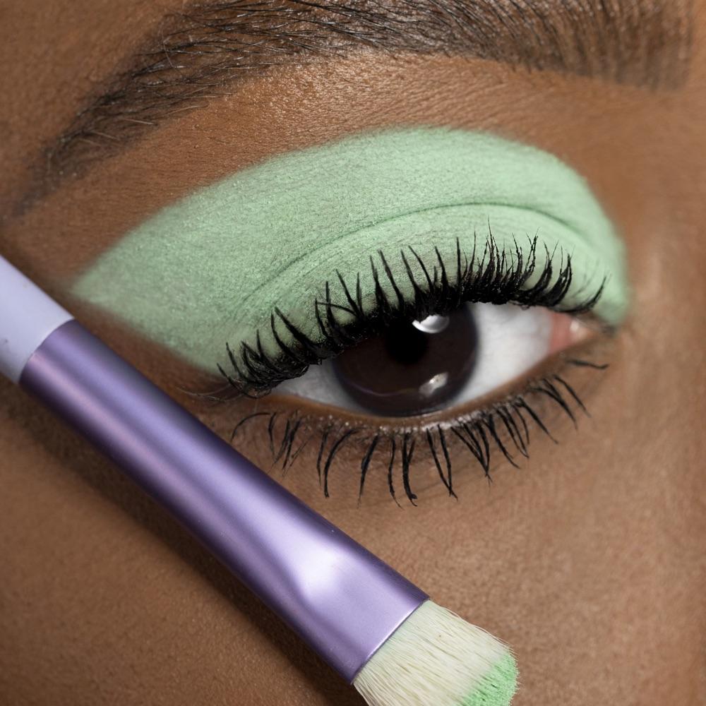 Mint Green - AS 145 - eyeshadow we make-up - Medium skin tone