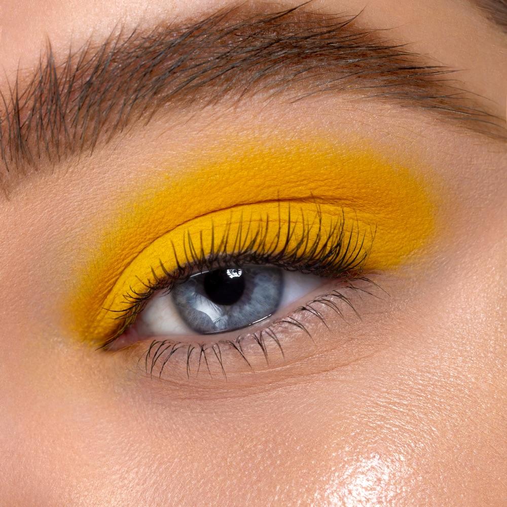 Dandelion Yellow - AS 147 - eyeshadow we make-up - Fair skin tone