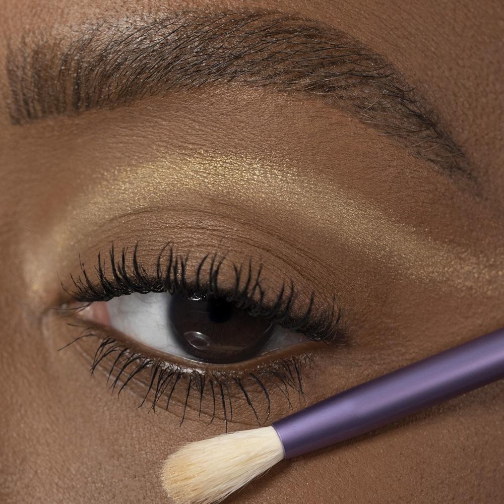 Cold Gold - AS 201 - eyeshadow we make-up - Medium skin tone
