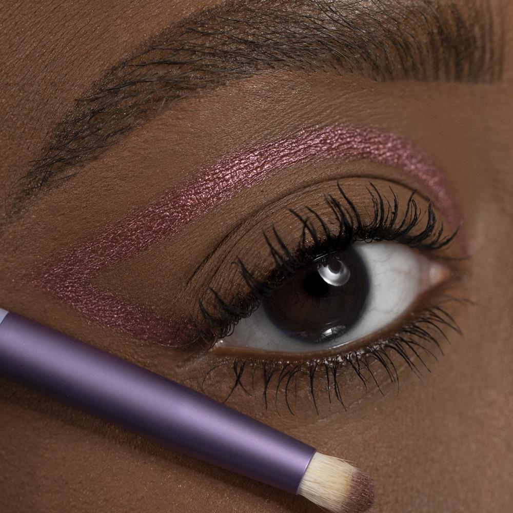 Dark Plum - AS 206 - eyeshadow we make-up - Medium skin tone