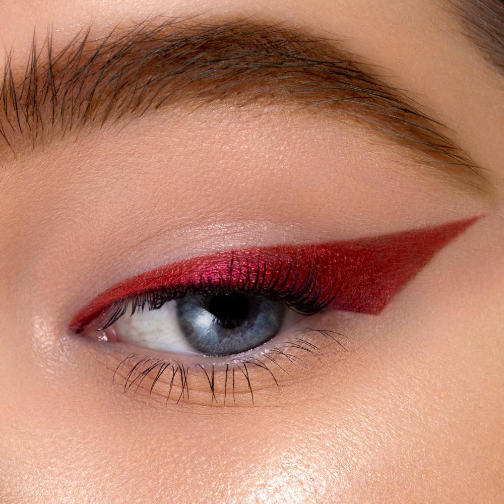 Cold Magenta - AS 302 - eyeshadow we make-up - Fair skin tone