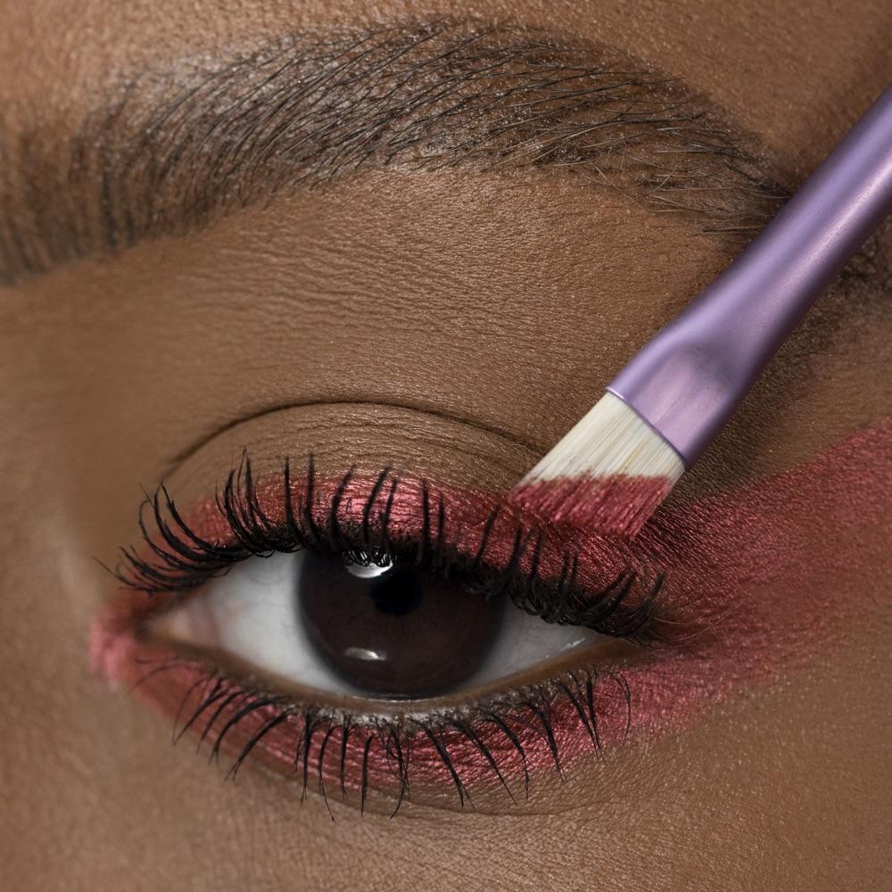 Cold Magenta - AS 302 - eyeshadow we make-up - Medium skin tone
