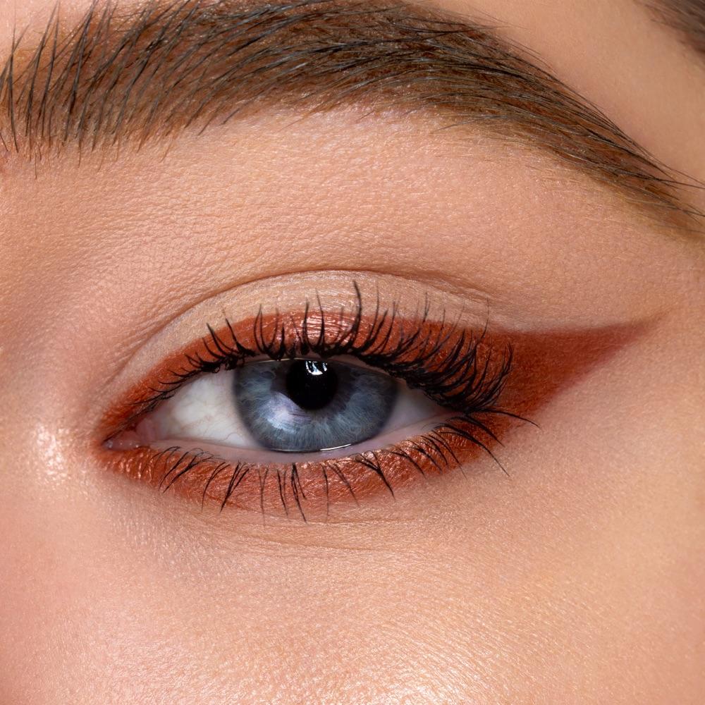 Dark Brown - AS 303 - eyeshadow we make-up - Fair skin tone