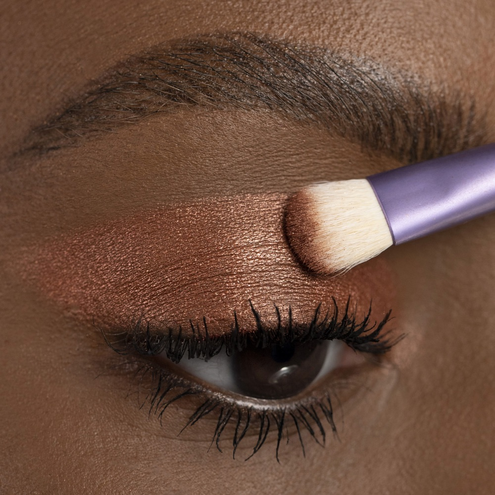Dark Brown - AS 303 - eyeshadow we make-up - Medium skin tone