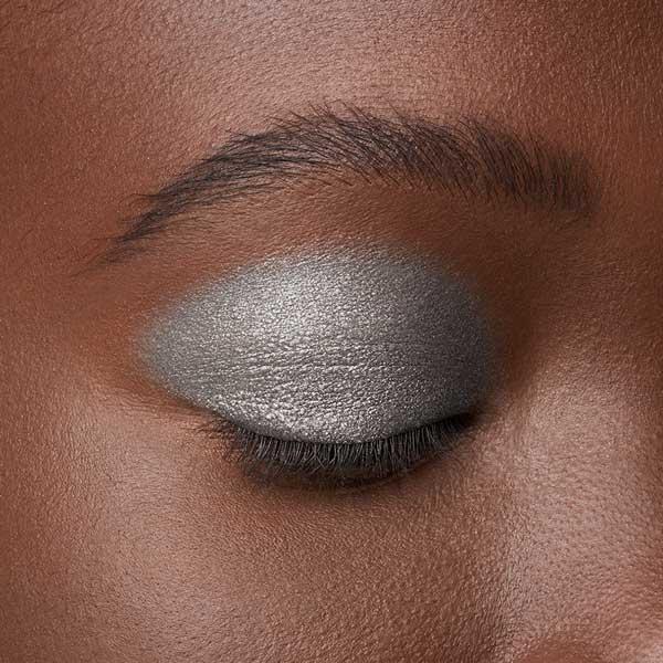 Vivid Silver - AS 305 - ombretto we make-up - Carnagione scura