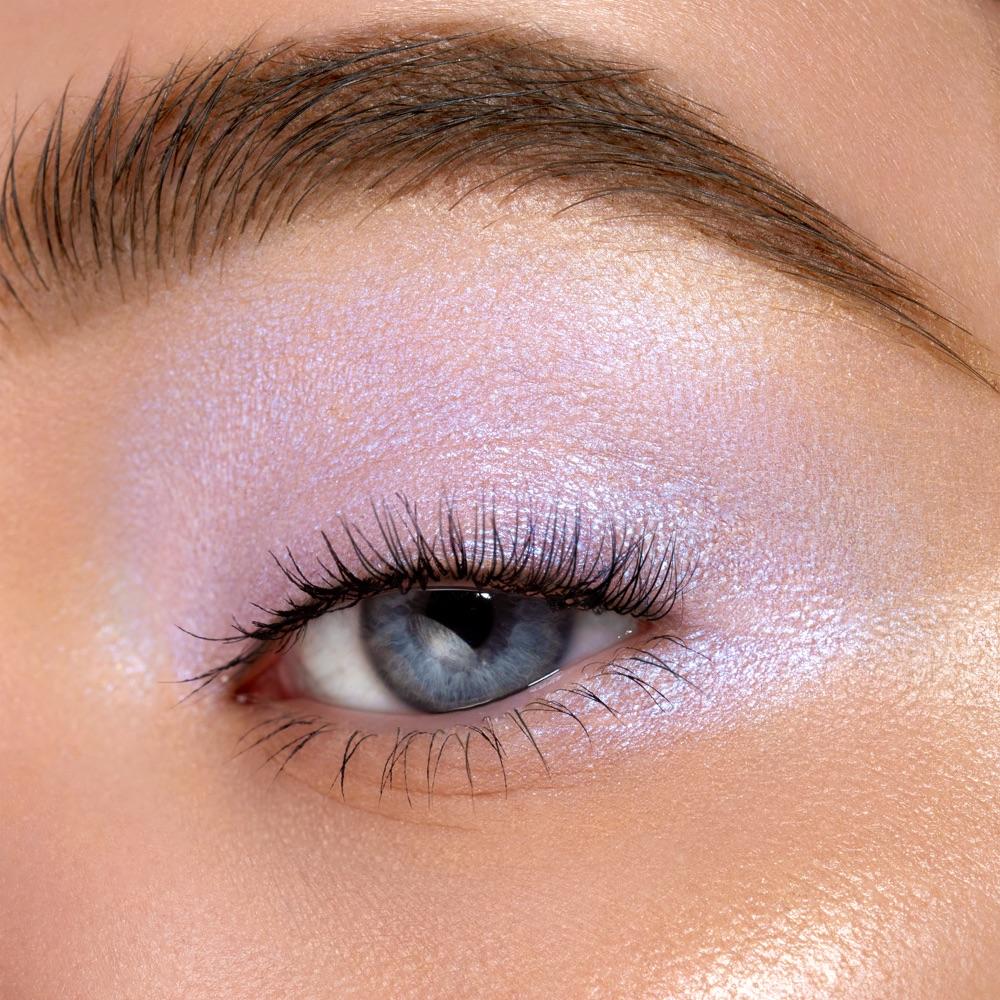 Sky Pearl - AS 306 - eyeshadow we make-up - Fair skin tone