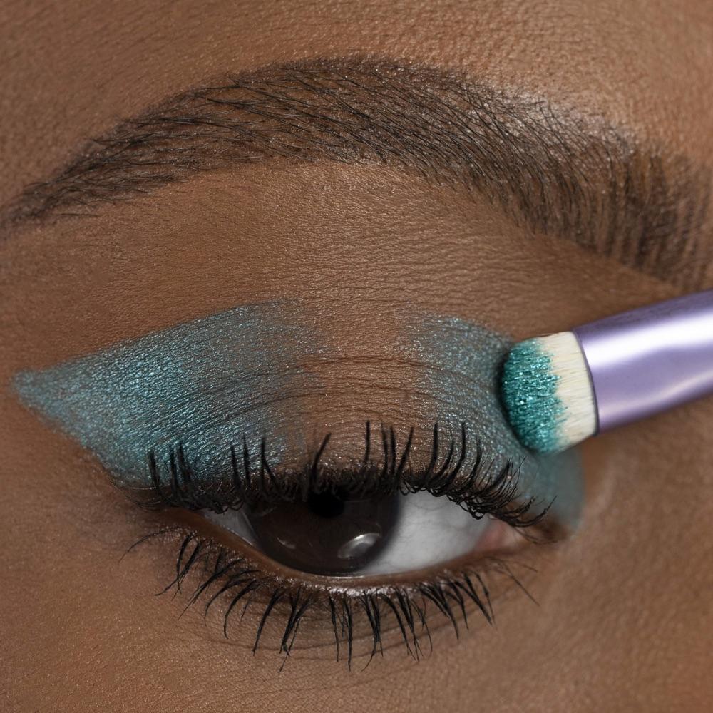 Jade Green - AS 307 - eyeshadow we make-up - Medium skin tone