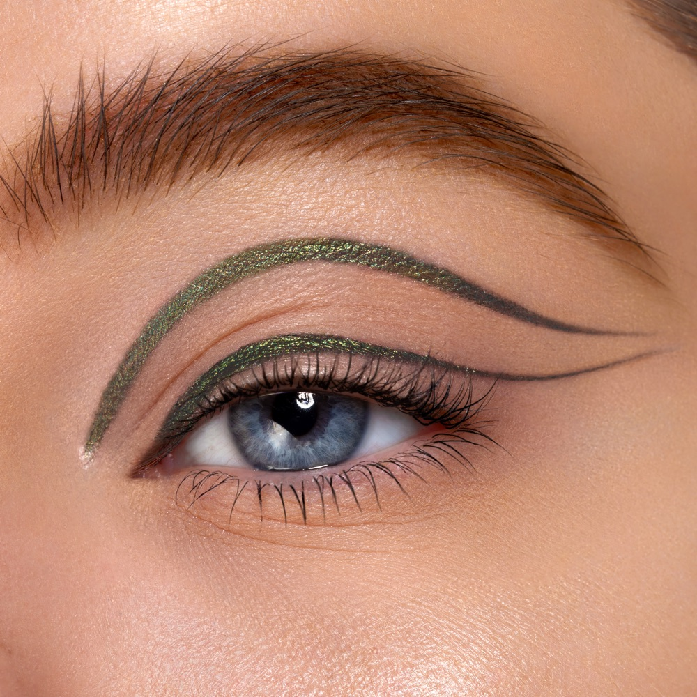 Dark Green - AS 310 - eyeshadow we make-up - Fair skin tone