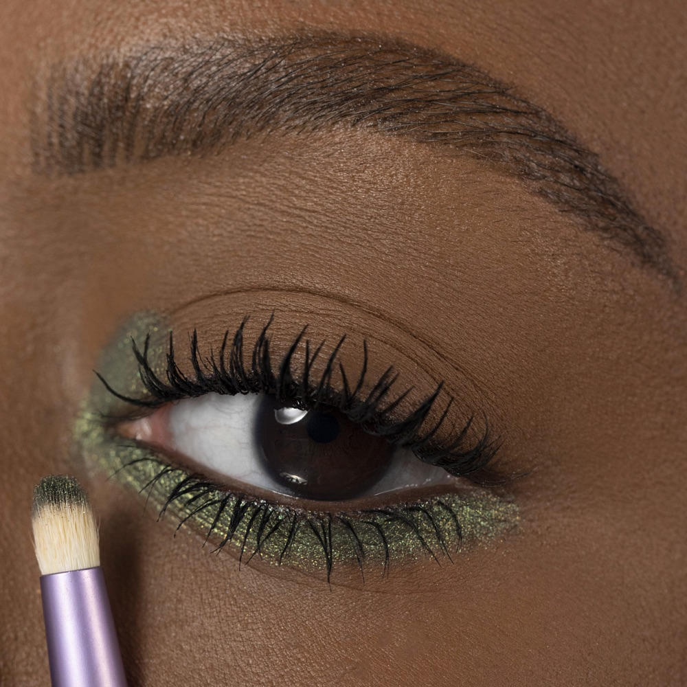 Dark Green - AS 310 - eyeshadow we make-up - Medium skin tone