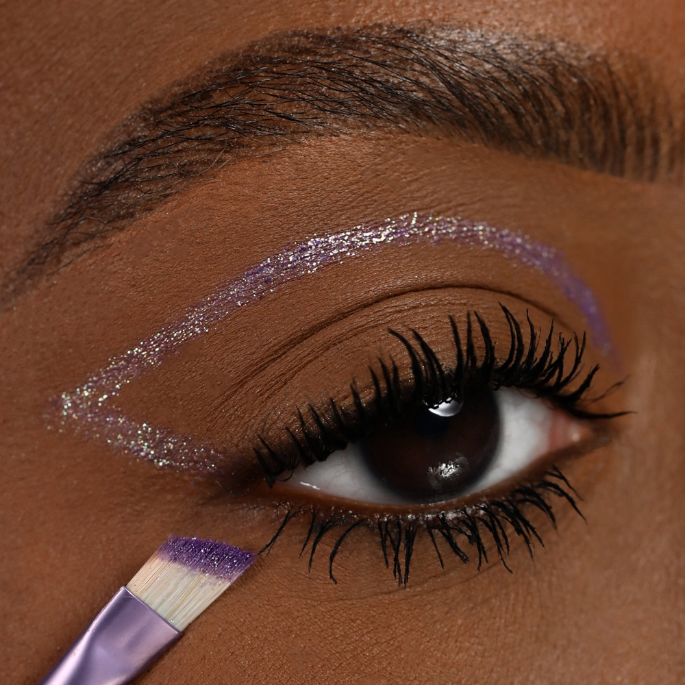 Pearly Purple - AS 403 - eyeshadow we make-up - Medium skin tone