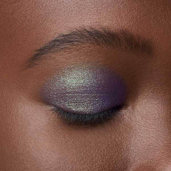 Pearly Purple - AS 403 - eyeshadow we make-up - Dark skin tone