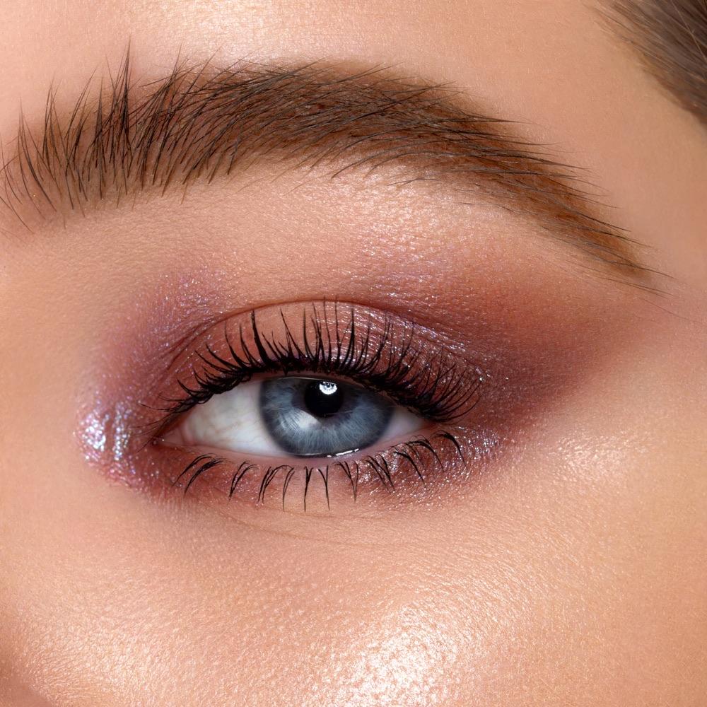 Pinky White - AS 102 - eyeshadow we make-up - Fair skin tone