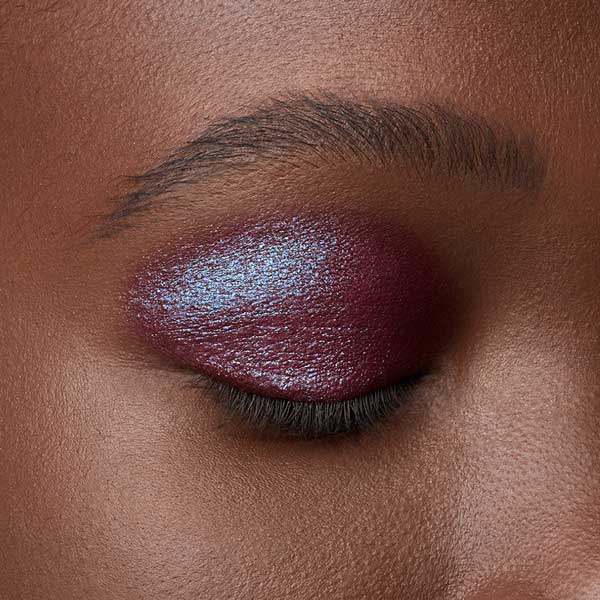 Pinky White - AS 102 - eyeshadow we make-up -  Swatch oscuro