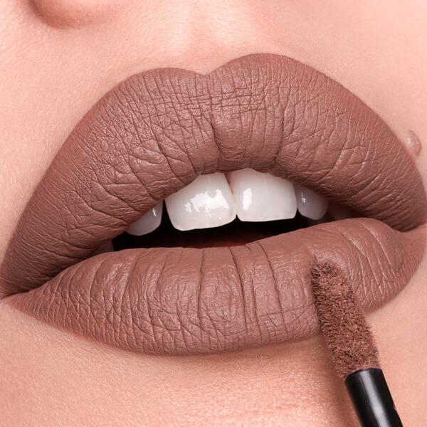 Huambo Brownish - EVER 03 - liquid lipstick we make-up - Fair skin tone