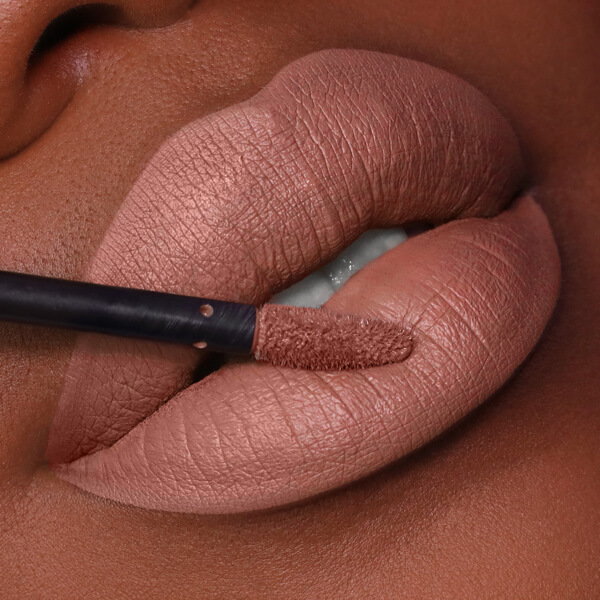 Hualalai Umber - EVER 09 - liquid lipstick we make-up - Dark skin tone