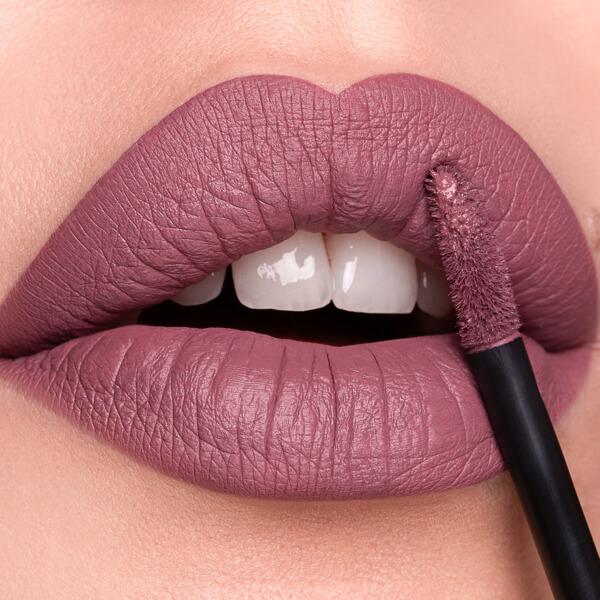 Lascar Mauve - EVER 10 - liquid lipstick we make-up - Fair skin tone