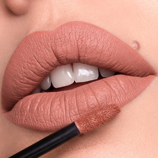 Erebus Flesh - EVER 15 - liquid lipstick we make-up - Fair skin tone