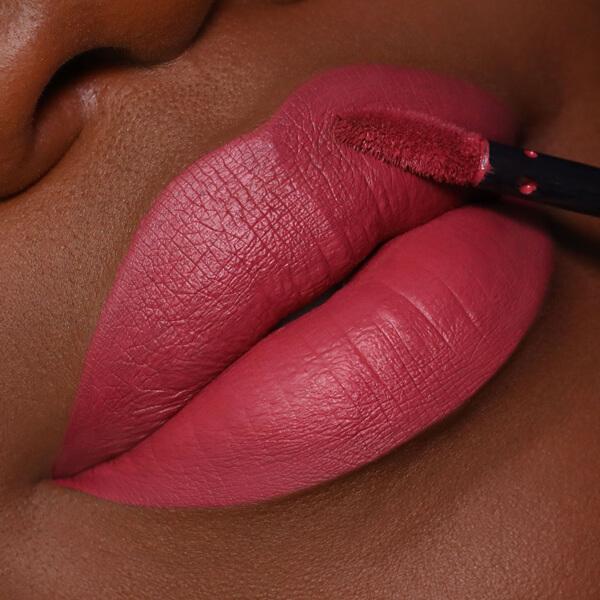 Asama Cherry - EVER 16 - rossetto liquido we make-up - Carnagione scura