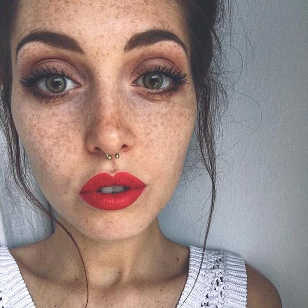 Etna Red - EVER 26 - liquid lipstick we make-up - @camihawke