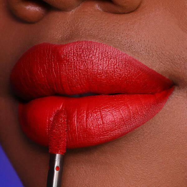 Malabar Oxblood - EVER 27 - rossetto liquido we make-up - Carnagione scura