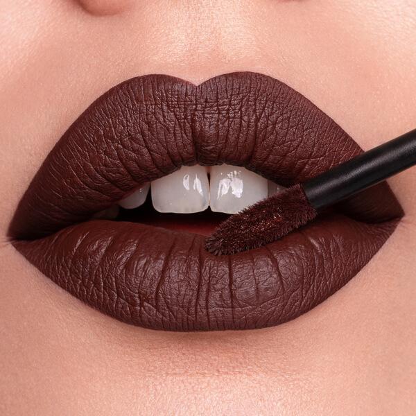 Wolf Chocolate - EVER 30 - liquid lipstick we make-up - Fair skin tone