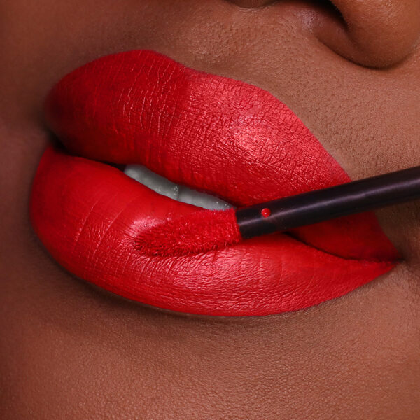Pacaya Scarlet - EVER 32 - liquid lipstick we make-up - Dark skin tone