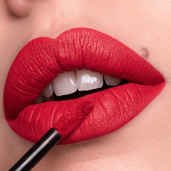 Ertale Flame - EVER 36 - liquid lipstick we make-up - Fair skin tone