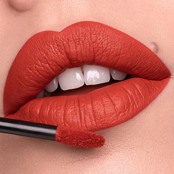 Kilauea Ketchup - EVER 40 - liquid lipstick we make-up - Fair skin tone