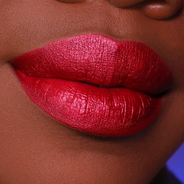 Colette Claret - EVER 67 - liquid lipstick we make-up - Dark skin tone