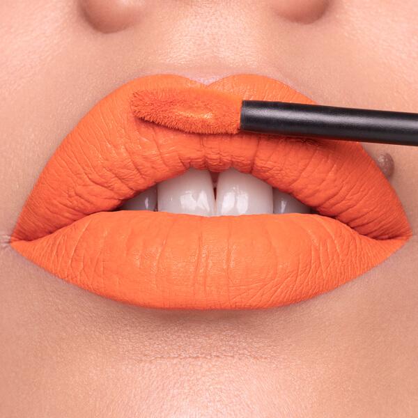Inca Tangerine - EVER 84 - liquid lipstick we make-up - Fair skin tone