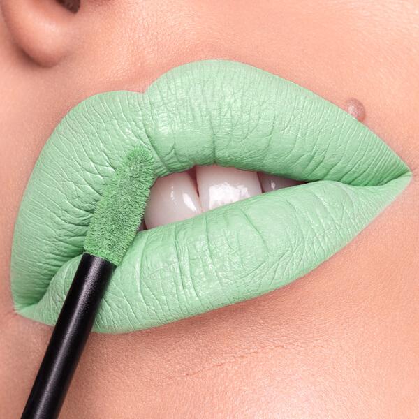 Vilcanota Mint - EVER 87 - liquid lipstick we make-up - Fair skin tone