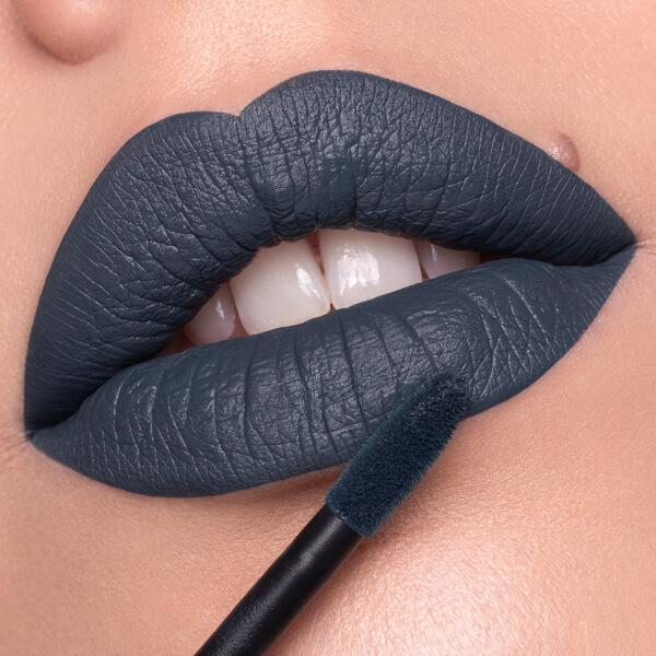 Rainier Marengo - EVER 90 - liquid lipstick we make-up - Fair skin tone
