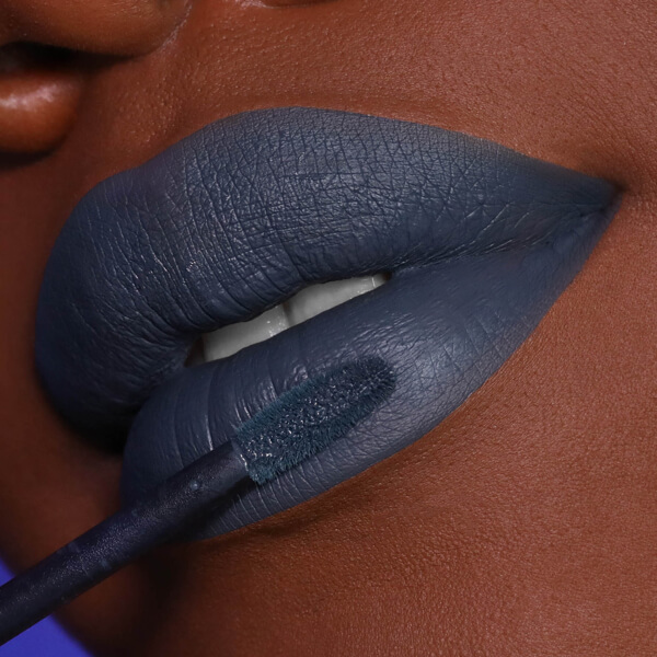 Rainier Marengo - EVER 90 - liquid lipstick we make-up - Dark skin tone